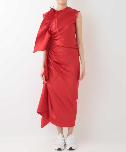 RED SATIN DRESS WITH RECTUNGLAR FRILLS