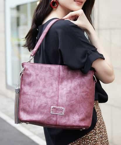 MK MICHEL KLEIN BAG(エムケー ミッシェルクラン バッグ) 【2WAY】タッセルチャーム付きバッグ ピンク フリーサイズ