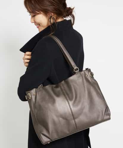 MK MICHEL KLEIN BAG(エムケー ミッシェルクラン バッグ) 【2WAY】スクエアートートバッグ ホワイト フリーサイズ