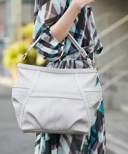 MK MICHEL KLEIN BAG(エムケー ミッシェルクラン バッグ) 【2WAY】メッシュデザインバッグ ライトグレー フリーサイズ